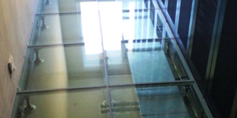 玻璃观察地板